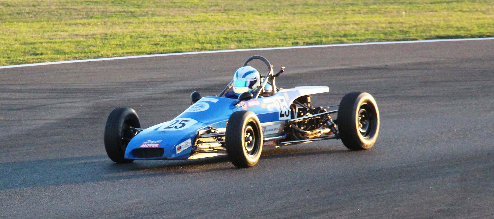 Lola T540 F.Belle